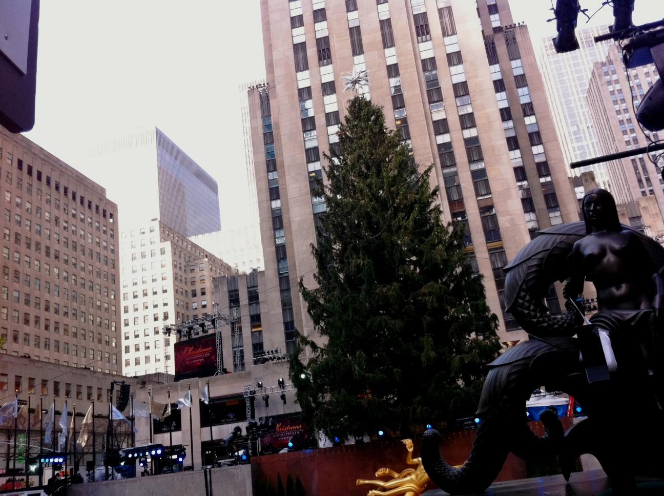 christmas tree lighting 2013 when is nyc christmas tree lighting 2012